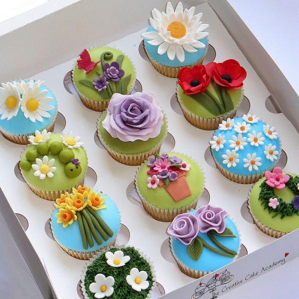 Кексы с тематическим декором